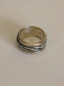 Ring zilver groeven-800