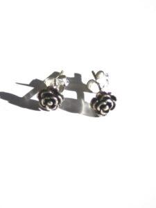 Fairtrade oorbellen Mexico - zilveren oorstekers roosjes