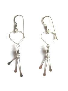 Fairtrade oorbellen Thailand - zilveren hangertjes fijn hartje