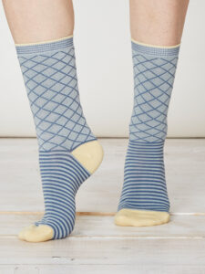 SPW215-Yaron-Bamboo-Socks-Duck-Egg-Front