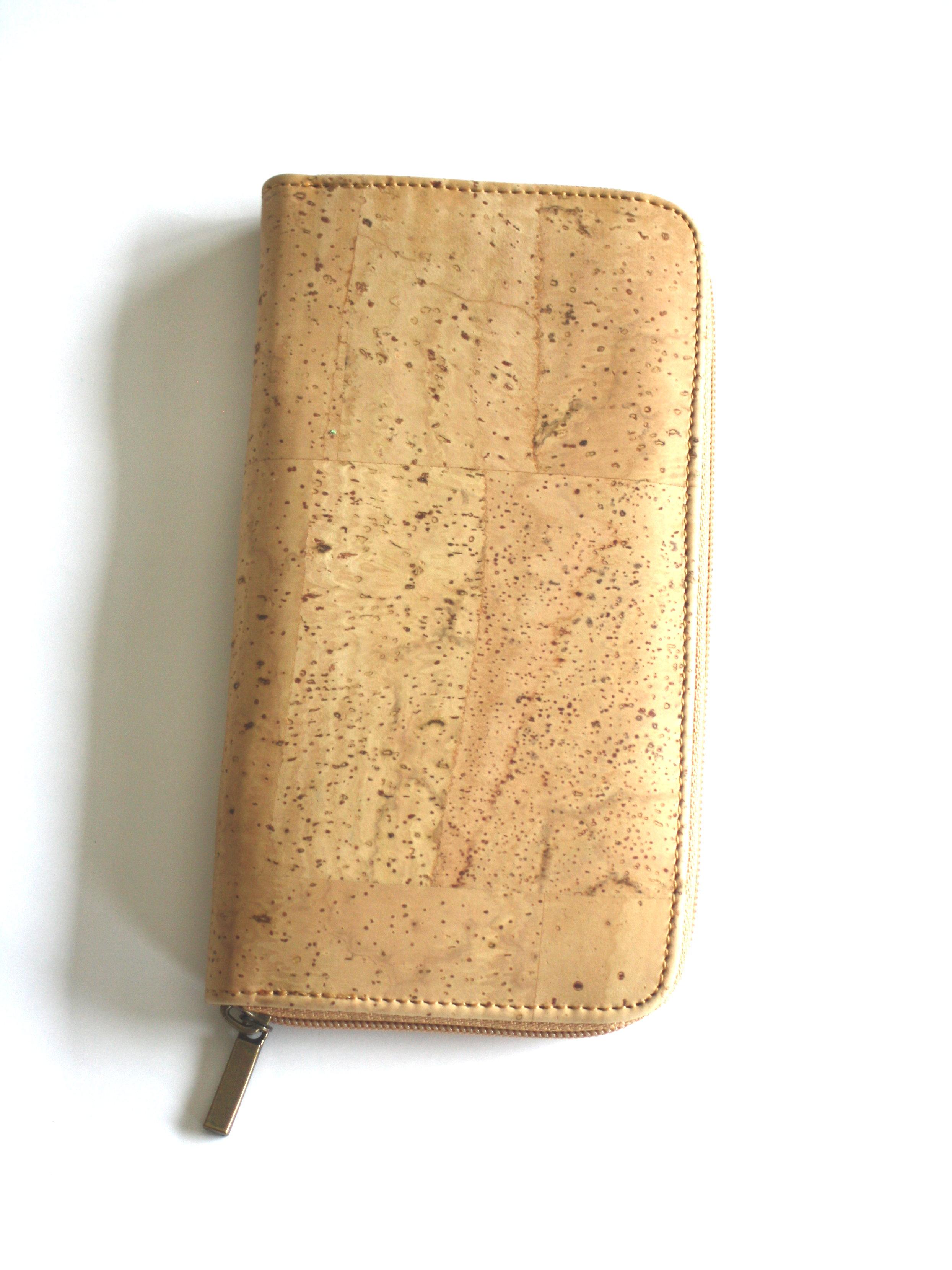 5ef43b583a4 Vegan portemonnee kurk, groot naturel - ARTELUSA - Meer dan Mooi