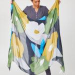 XL sjaal bamboe Thought - bloemen groen-blauw-geel 2